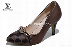 Wholesale cheap LV Sandals womens slippers ladies Sandals AAA quality