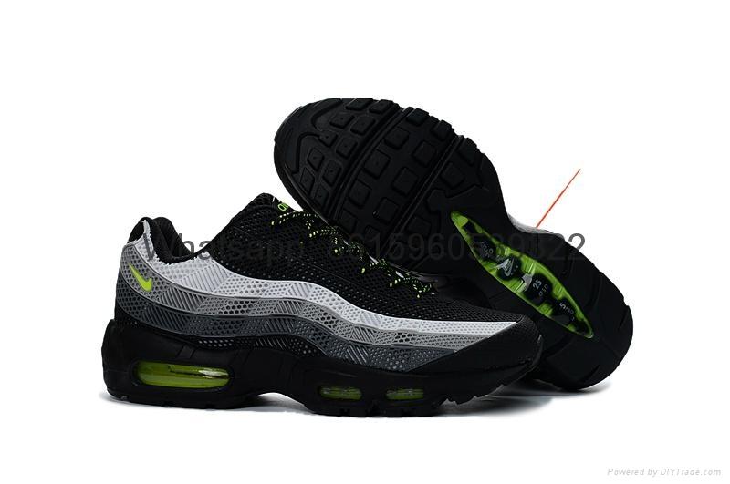 95 Nike Sneakers