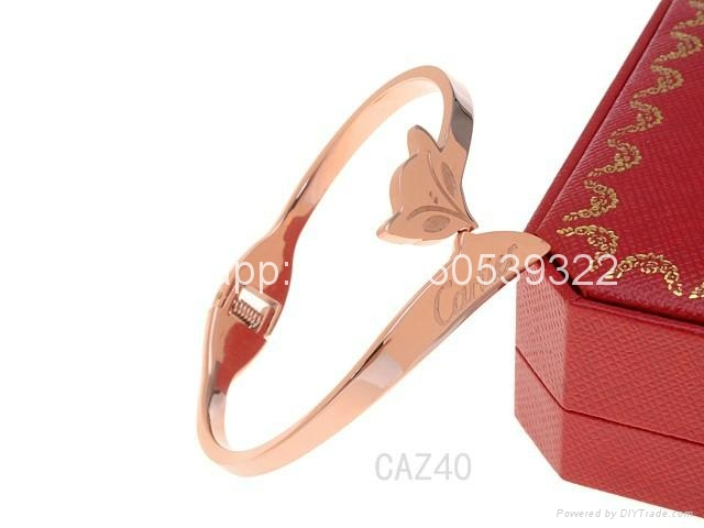 Wholesale jewelry Cartier earrings ring Cartier necklace bracelet 1:1 quality 14
