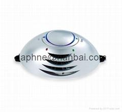 Remove dust and smoke air deodorizer mini car Ionizer