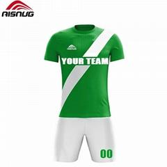 定制打印俱乐部足球服名字和数字