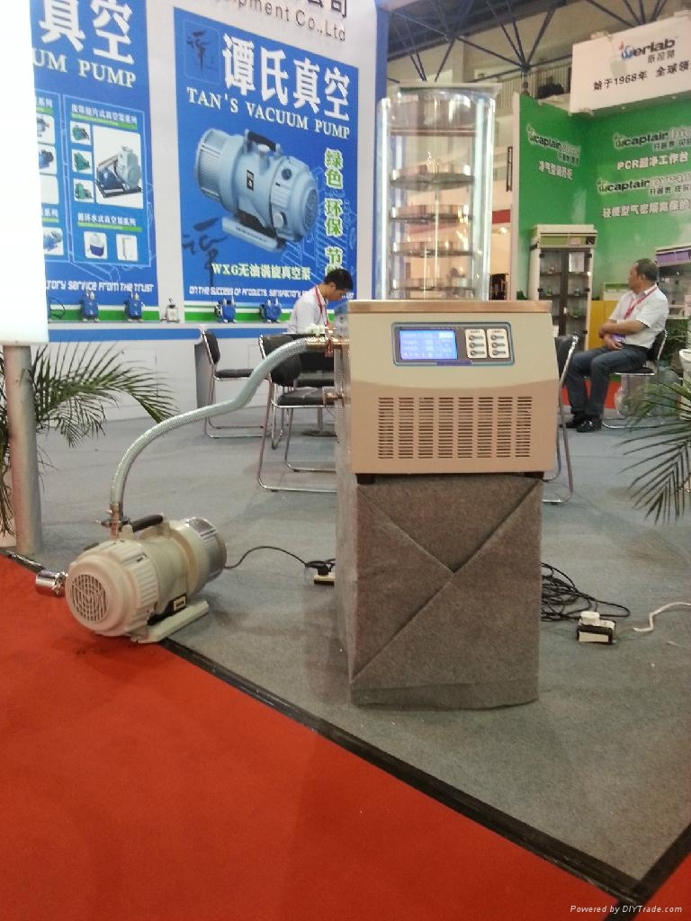 LGJ-10普通型冷凍乾燥機 5