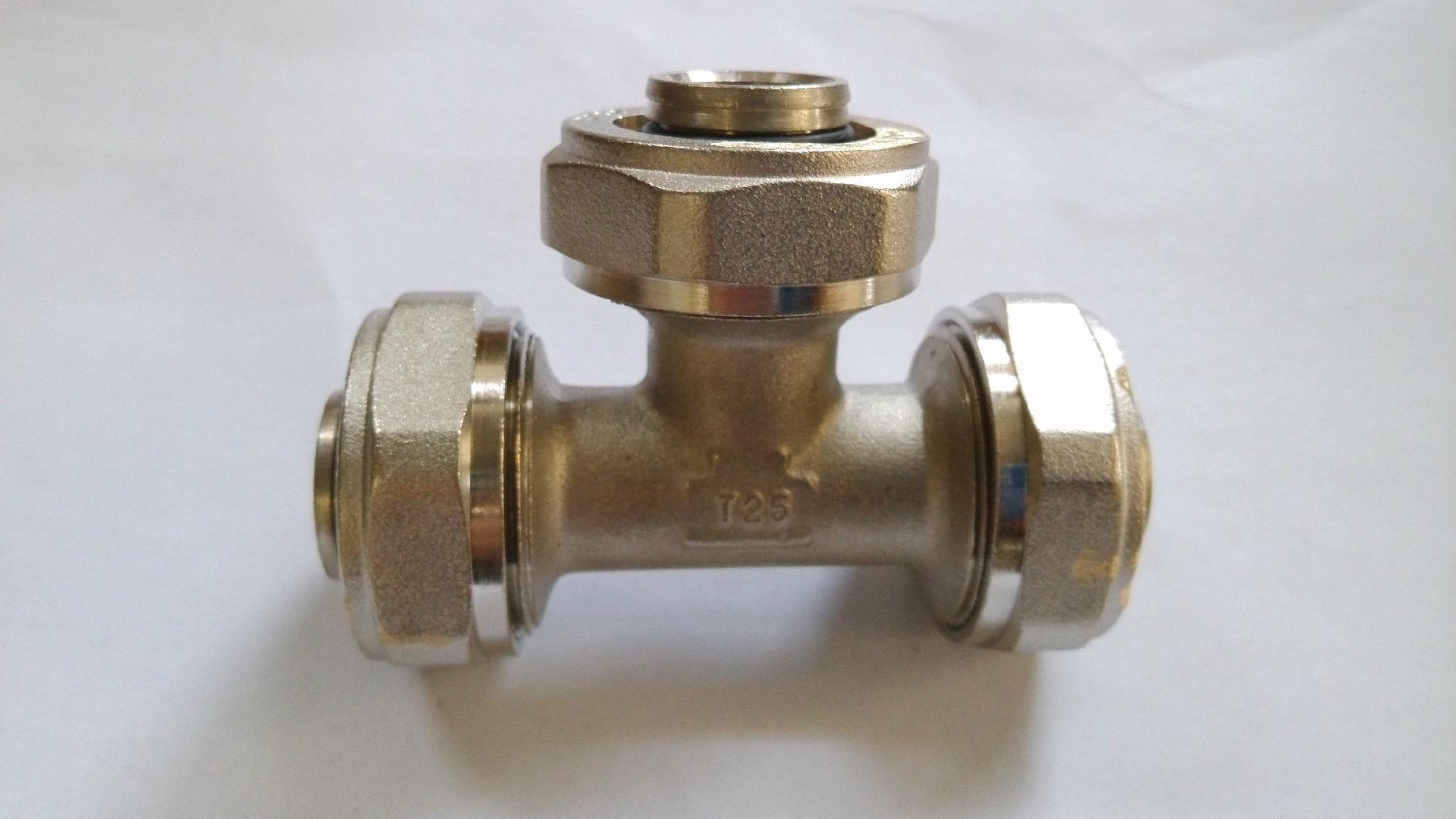鋁塑管件等徑三通 4