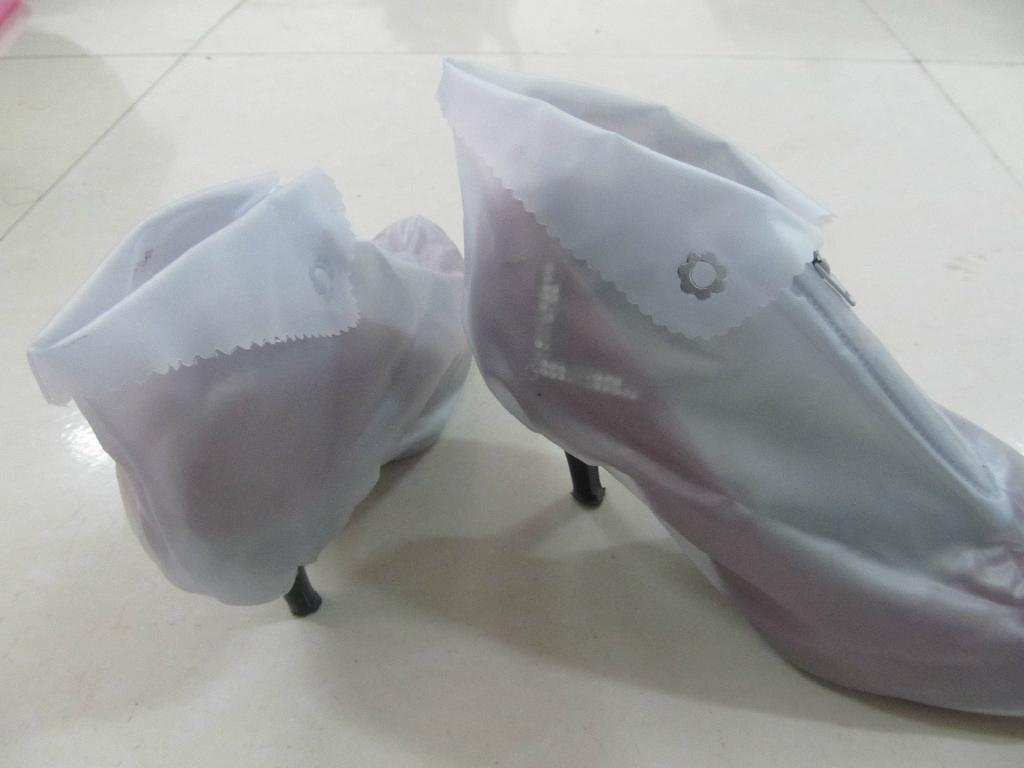 Anti Skid Safety Shoe Cover 3