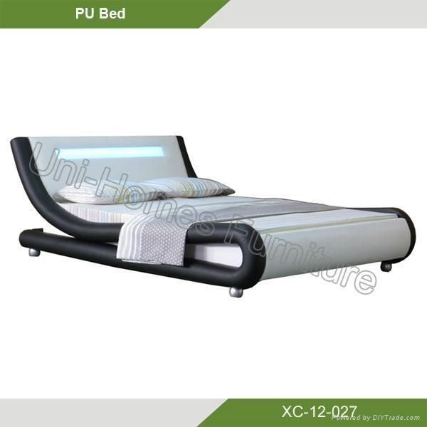 2014 hot sale design modern bedroom furniture LED leather bed XC-12-027  1
