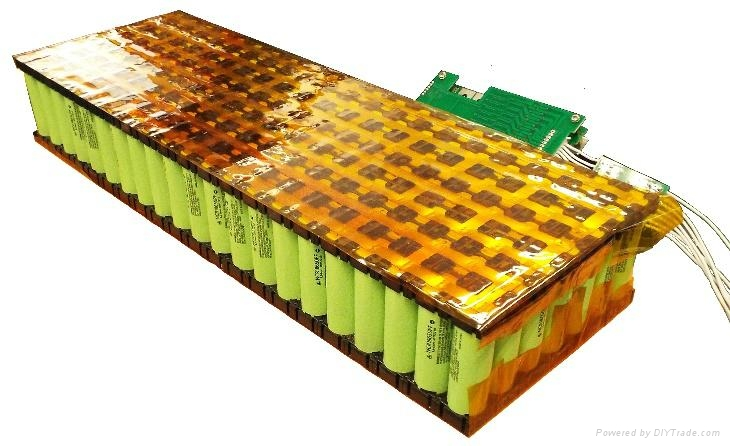 Rechargeable Battery Pack 25.9V 60.9Ah with PCM and Plast Holder 1
