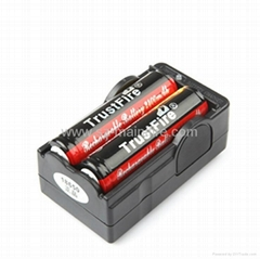 Trustifire hot sale dual slot li-ion 18650 battery charger