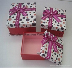 Nice Gift  Boxes with Ribbon