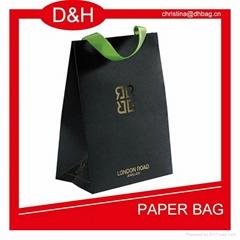black-card-shopping-paper-bag