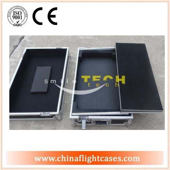 Flight case  5