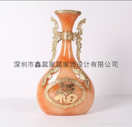 仿玉工艺品花瓶 5
