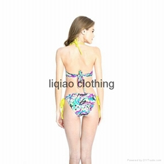 Chic Doodle Print Playful Ruffle Bandeau Bikini Swimwear with Ties at Back and N