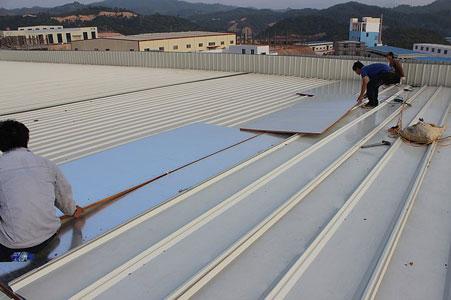 鋼結構廠房的屋頂隔熱板 1
