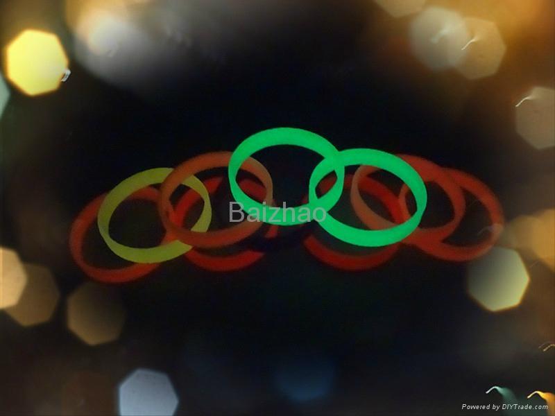 Cheap custom silicone bracelets 4