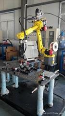 柔性工裝焊接機器人工作站