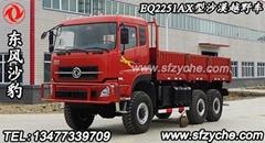 EQ2251AX型六驱沙豹沙漠车