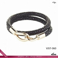 2014 Latest Design Men Black Genuine Stingray Leather Bracelet VIP Gift