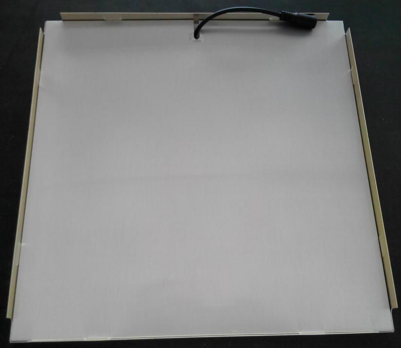 高亮精品燈具鏤花金邊300*300led面板燈 3