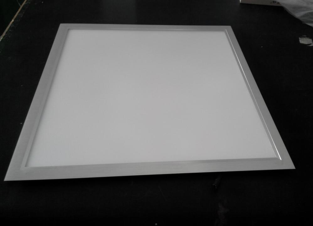 超薄高亮辦公照明嵌入式600600led面板燈 1