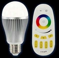 七彩调光LED球泡灯