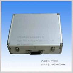 東莞市萊迪鋁箱制品廠供應鋁合金骨架箱子