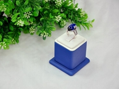 Fashion white & blue leather finger ring display stand key ring display rack ins