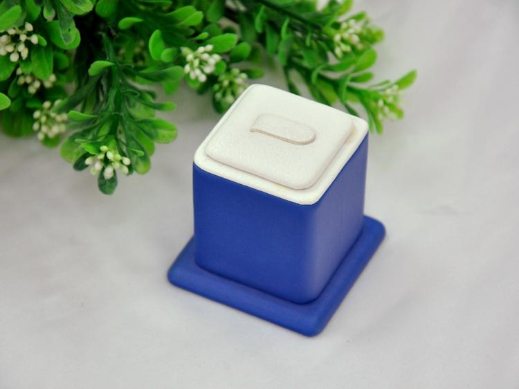 Fashion white & blue leather finger ring display stand key ring display rack ins 2