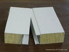 岩棉彩钢夹芯板