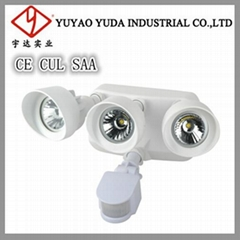 Develed three heads Led spot light with sensor