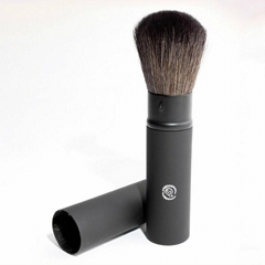 New Free Shipping Goat Hair Wood Retractable Cosmetic Brush Face brush primer ma