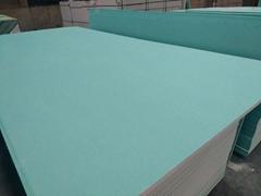 防潮石膏板