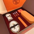 NEW        Electric Toothbrush Gift Set  1
