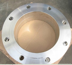 Oil or gas ring flange