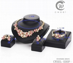 New 18 k Gold Pearl cluster austrian Crystal Jewelry Set