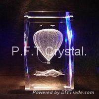 Laser crystal cube