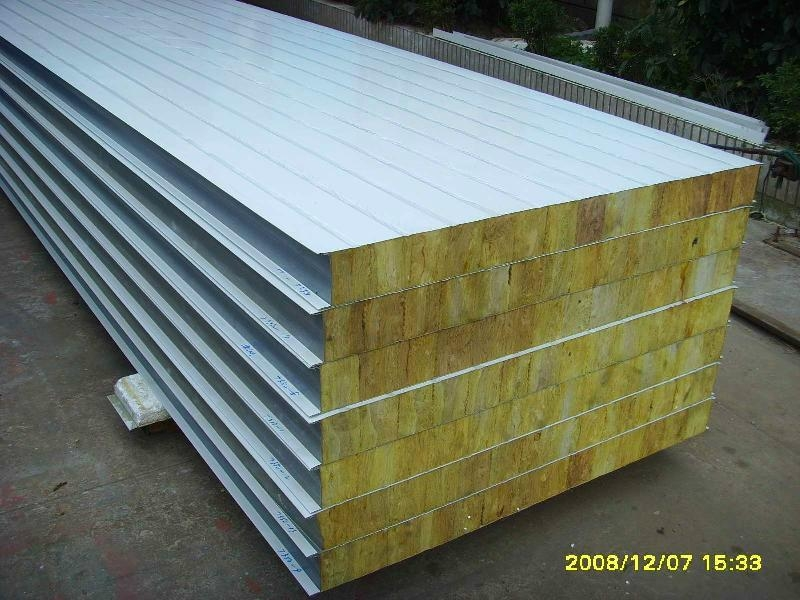 EPS and Rockwool Sandwich Panel Roll Forming Machine 3