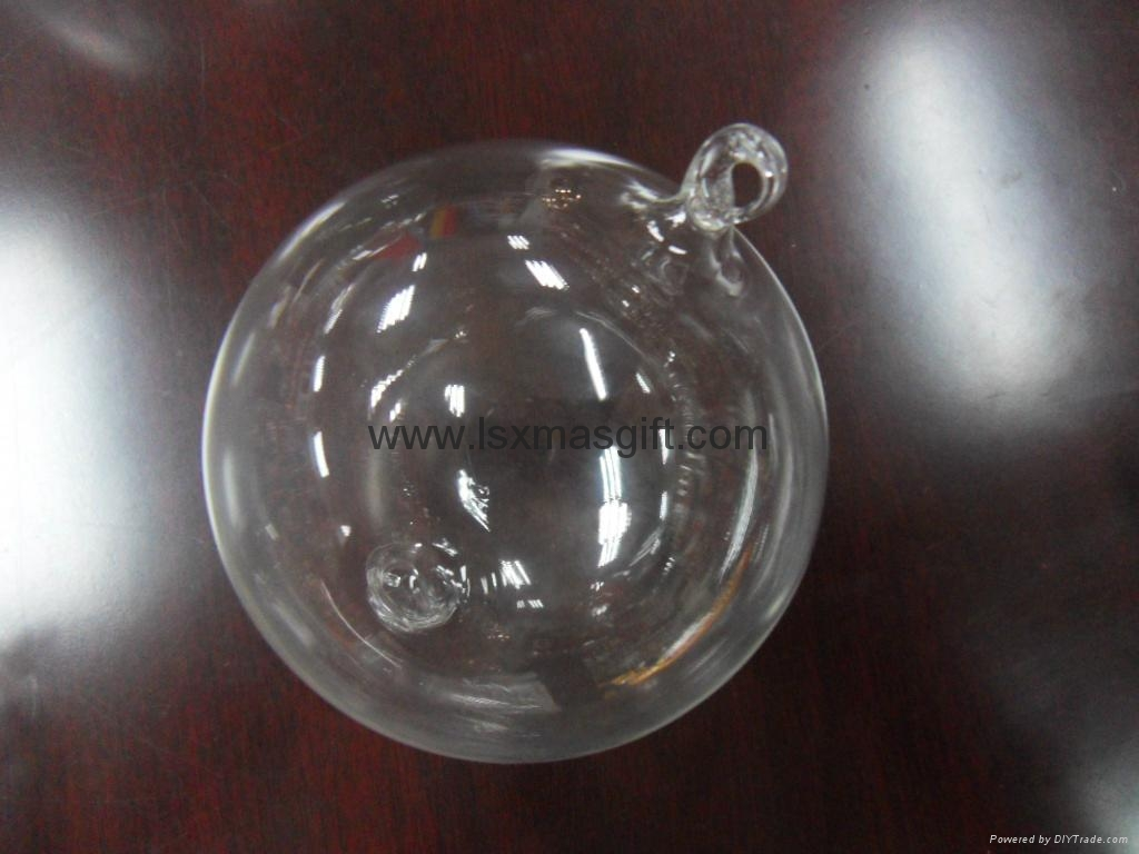 Clear Glass Baubles To Decorate