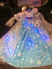 New Disney Frozen Elsa Light Up Musical Dress Halloween Costume Music Let it Go