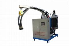 2014謙達熱銷聚氨酯高壓發泡機