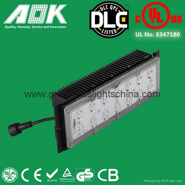 LED Parking Lot Light High Quality Premium Price 5 Years Warranty 4