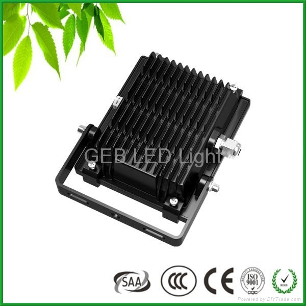 CE RoHS 100W LED Flood Light IP65 120lm/W Outdoor Wall Lamp 4