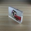 高檔透明亞克力磁鐵弧角7寸相框 3