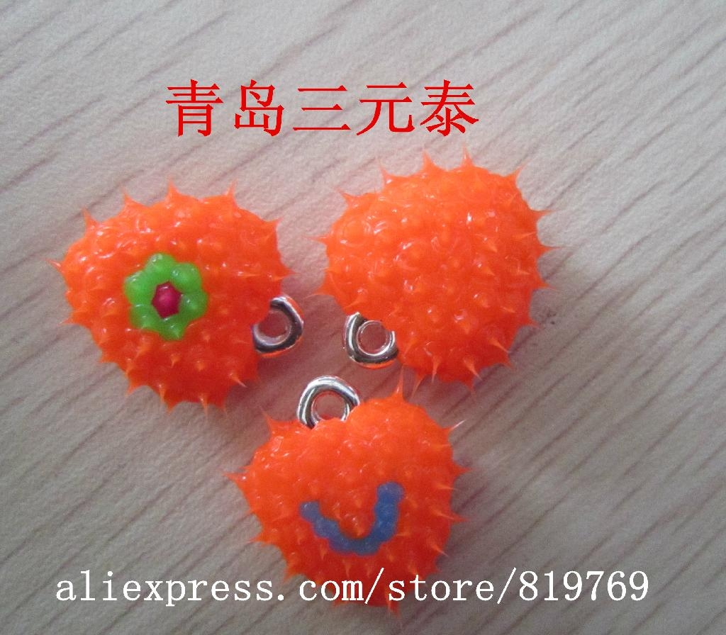 silicone spike heart pendant necklace spike beads 1
