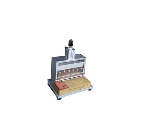 聚合物锂电池极耳裁切-切极耳机 1