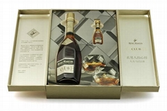 Wine packaging box with two doors