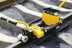 Best useful Rail gap adjuster used for railway