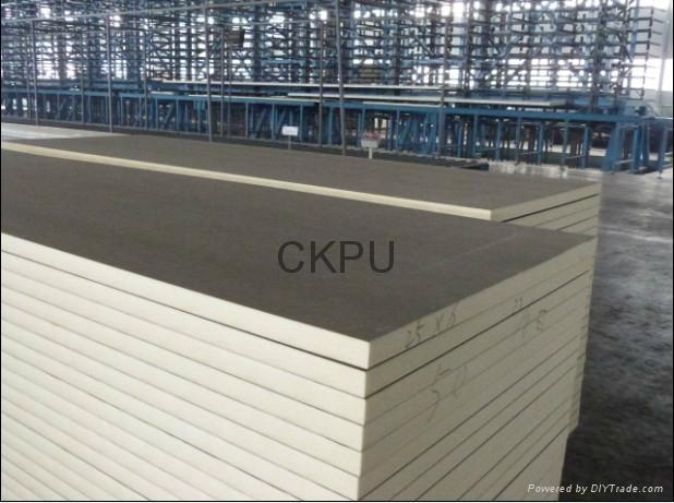 Heat insulation sandwich panel production line  4
