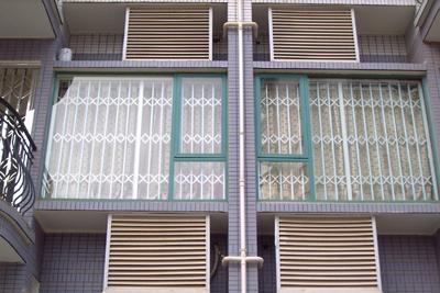 黄山防盗窗 3