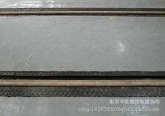 轮缘槽橡胶嵌条