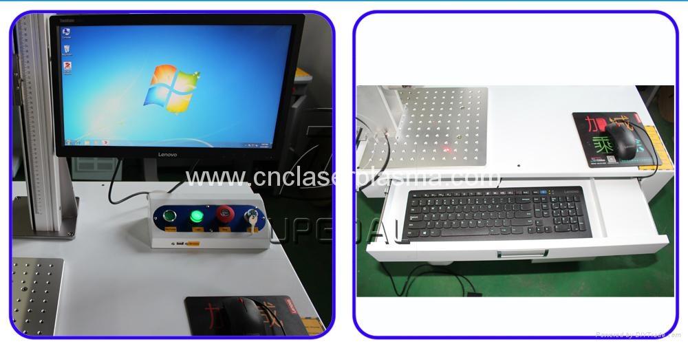 Lenovo desktop computer, windows 7, 32 or 64 bits, English( or other language)